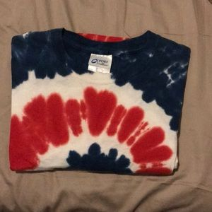 Tops - Women's Tie dye red blue white t-shirt in small